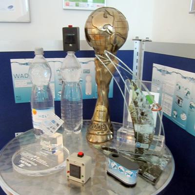 Die Helioz-Preisecke: Kein WM-Pokal, sondern der Energy Globe Award