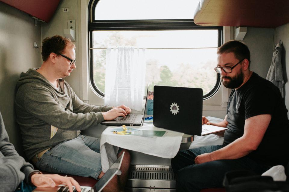 minsk-riga startup train